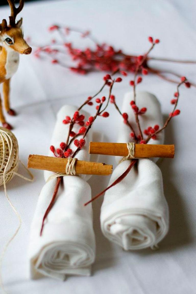 Салфетки для декора в сервировке стола