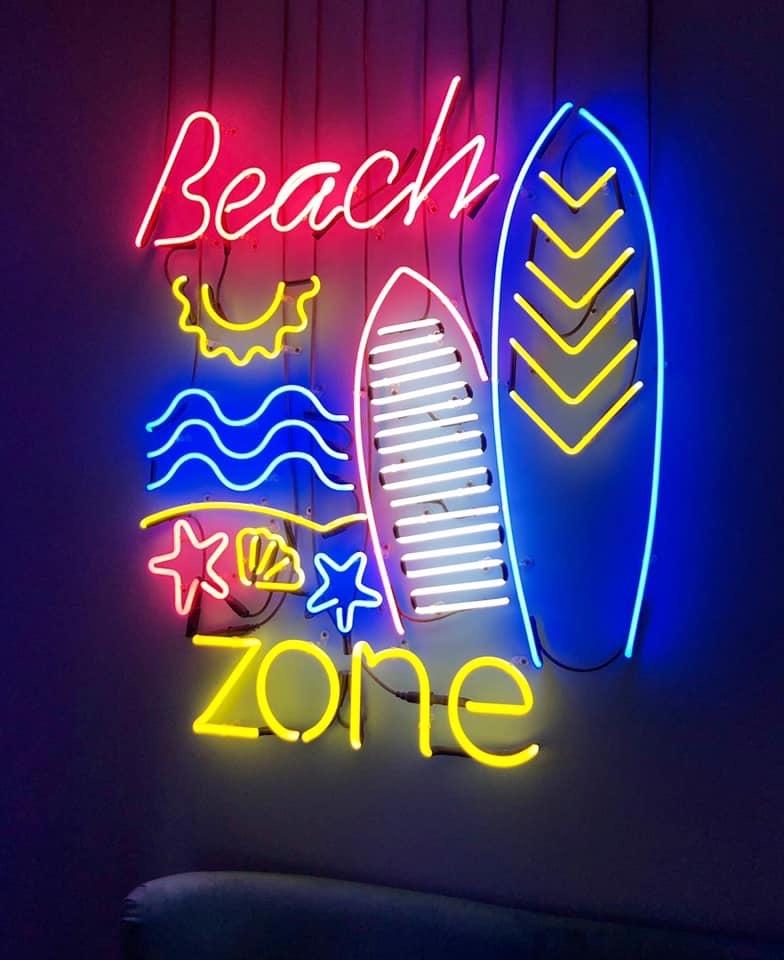 Картинка неонки для офиса в пляжном стиле